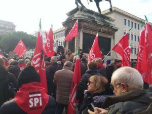 Blocco rivalutazione delle pensioni, stamani il presidio di protesta Cgil Cisl Uil davanti alla Prefettura di Livorno