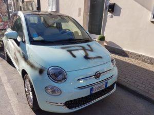 """Svastica su auto a Castagneto, Fabrizio Zannotti: """"Gesto inquietante. Occhi bene aperti: è giusto non sottovalutare questo clima d'odio"""""""